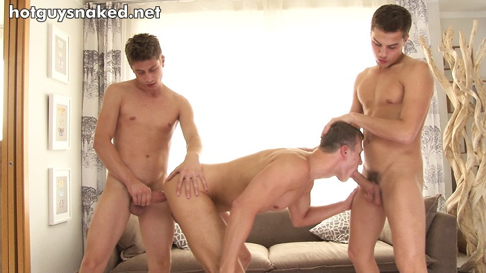 threesome bel ami