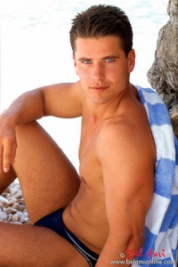 Lukas Ridgeston Beach photos