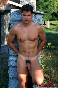 Lukas Ridgeston gay porn model