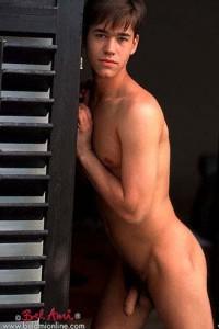 Johan Paulik Bel Ami model