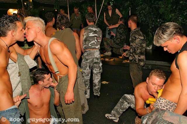 Czech gay sex party gallery (4)