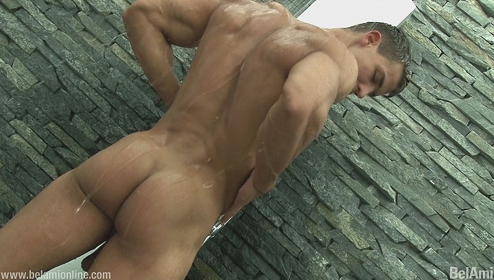 muscle hunk showering
