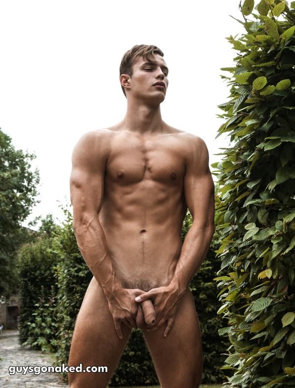 male nudism